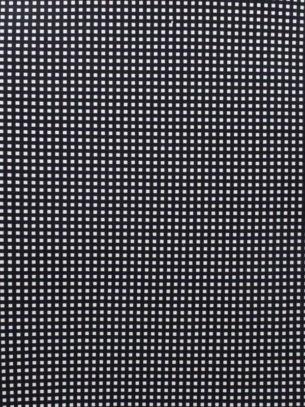 BLACK & WHITE - 122 G39 HF